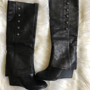 Vince Camuto Almay Wedge Boots size 7
